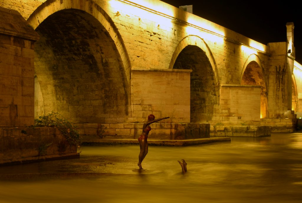 There are even statues in the river, Skopje